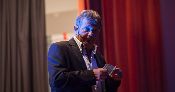 Benoit Couturier magicien close-up