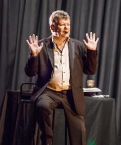 Magicien Benoît Couturier en scène